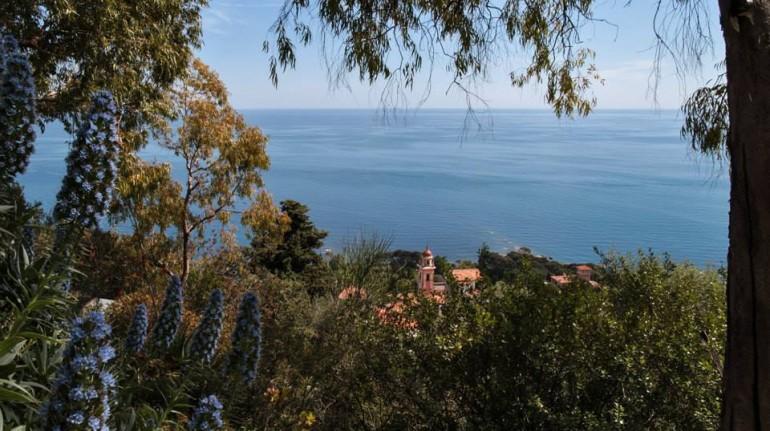 Liguria: wellness overlooking the sea