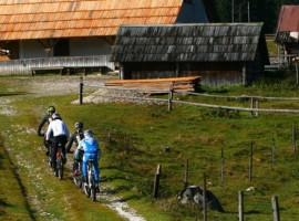 Slovenia: cycling and wellness