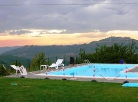 Farmhouse in the hills of Monferrato