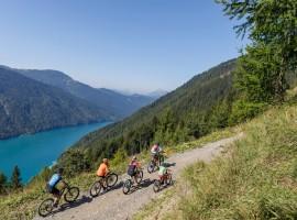 Weissensee by bike