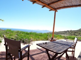 Tinos Eco Lodge, off-grid accommodation in Greece