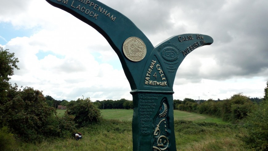 Bike tour from Chippenham to Bowood, a totem