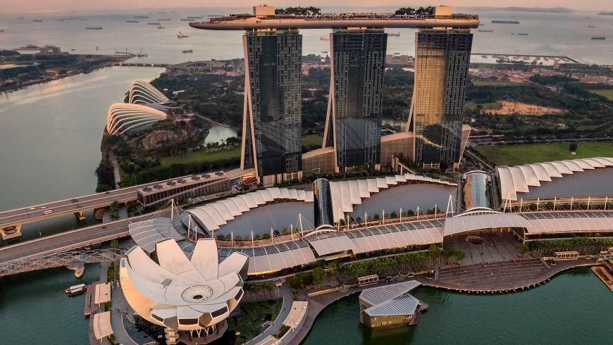 Singapore, photo by Chen Hu on Unsplash