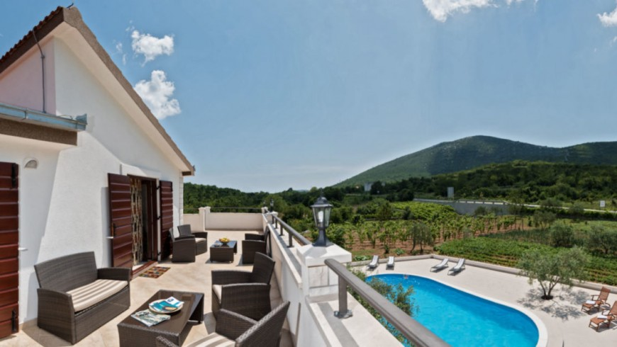 Villa Vinea, eco-friendly and luxurious accommodation in Dalmatia