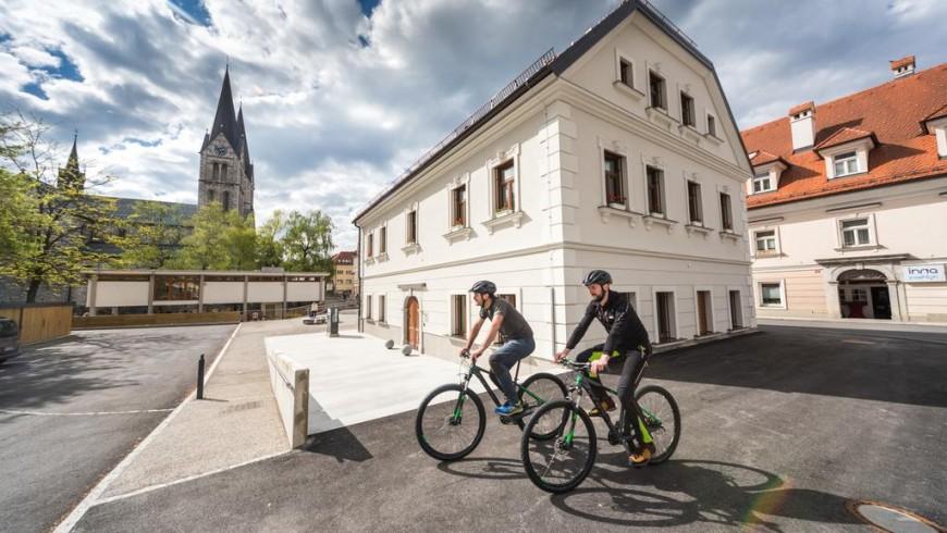 Bearlog Hostel, eco-friendly accommodation in Kočevje, Slovenia