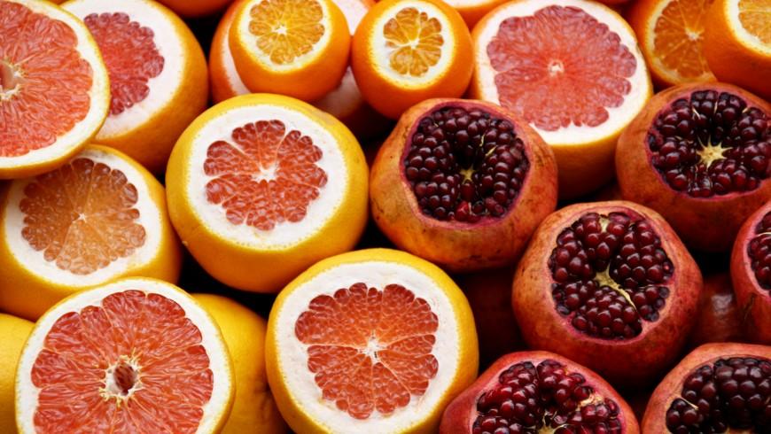Oranges and pomgranates