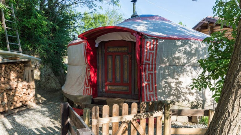 Give a night in a yurt