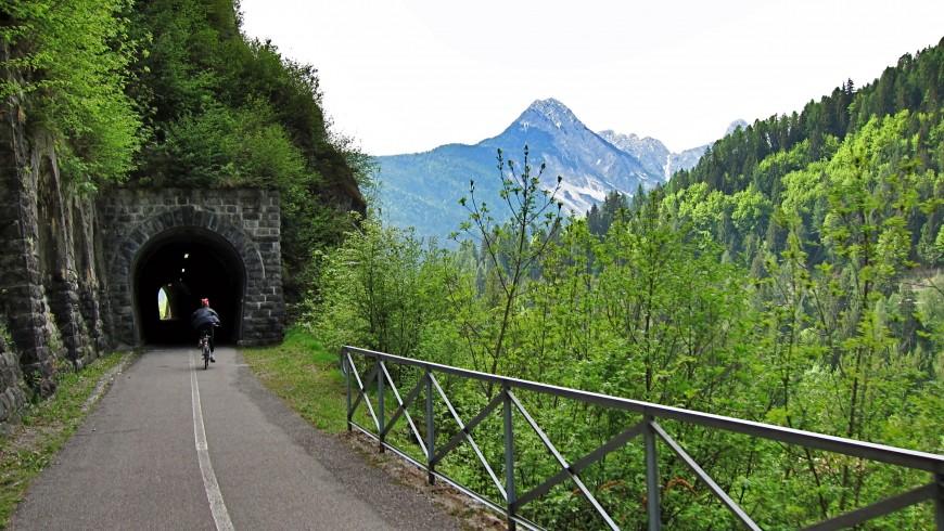 Bike path between Dobbiaco and Calalzo di Cadore