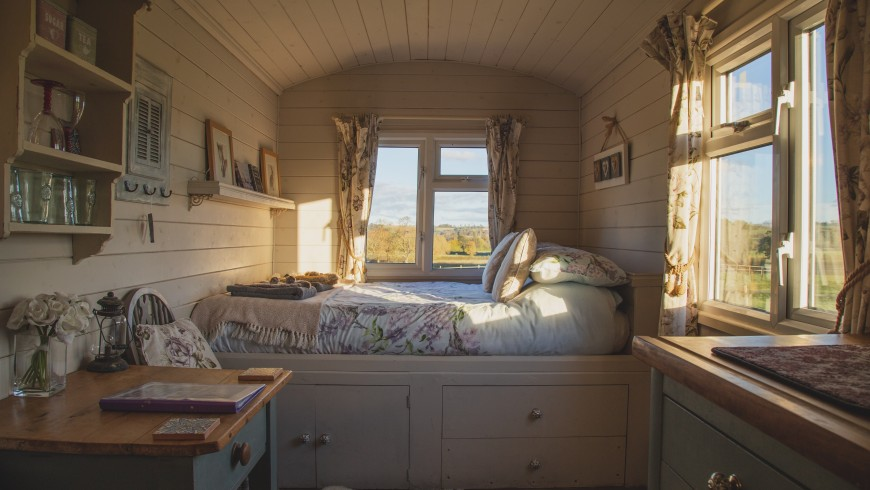 Tiny Houses with Plenty of Natural Lighting