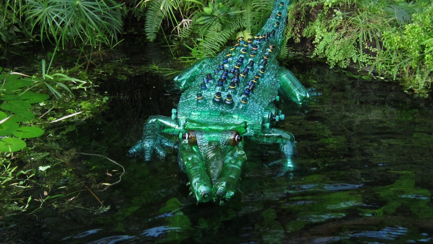 Veronika Richterová Crocodile made with plastic
