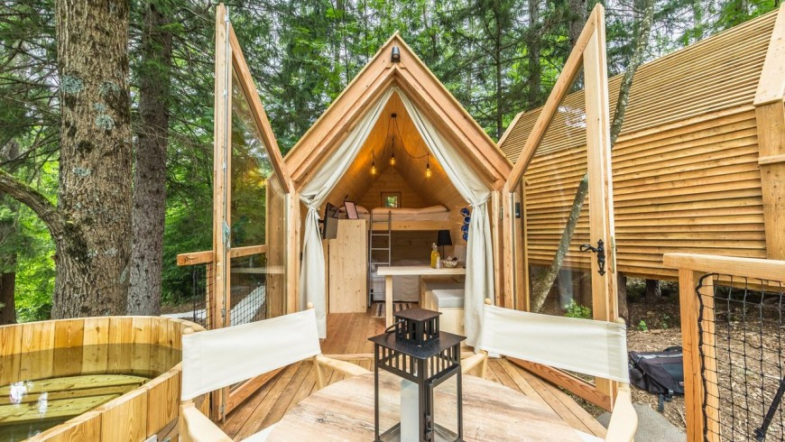 The glamping houses
