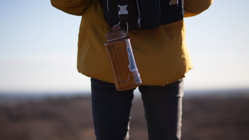 water bottle to reduce waste while travelling