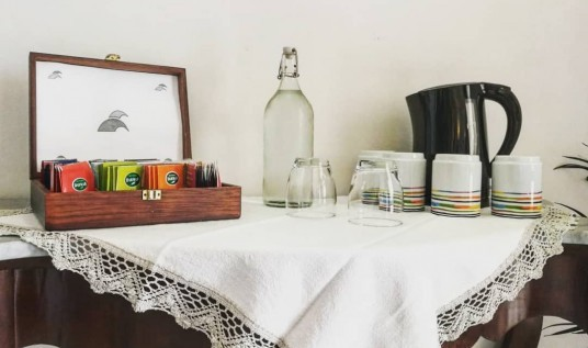Tea corner at Auralba, photo Ecobnb