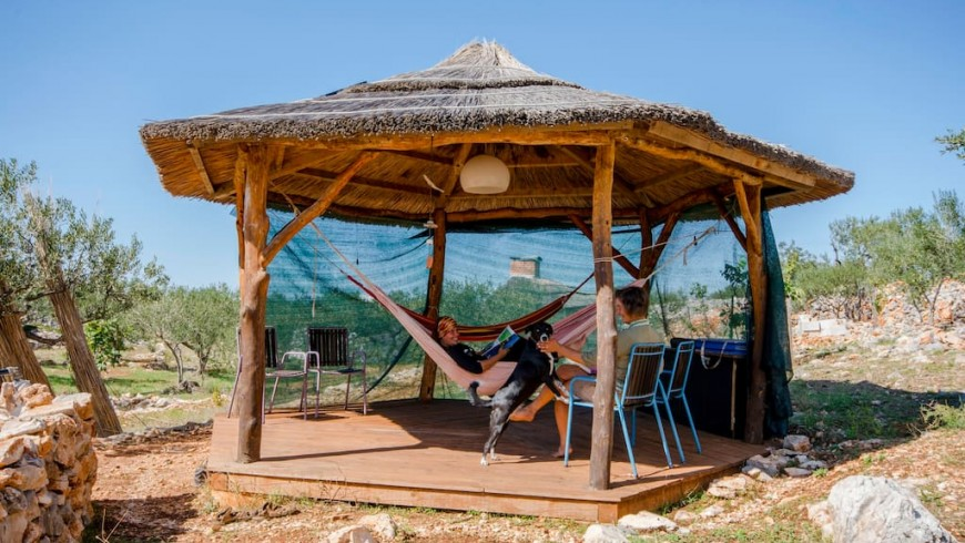 Glamping on the island of Brac