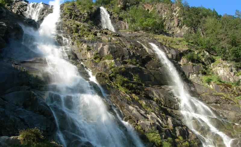 Nardis waterfall