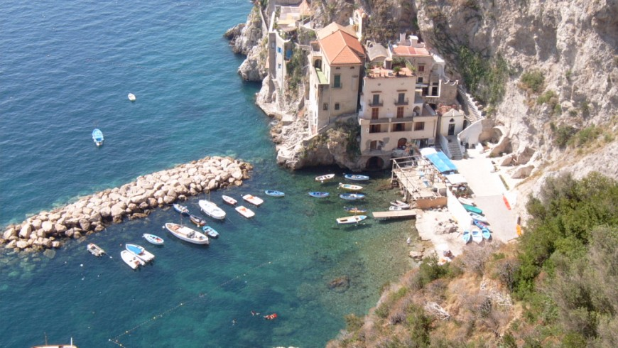 Conca dei Marini, the village between rocks and sea