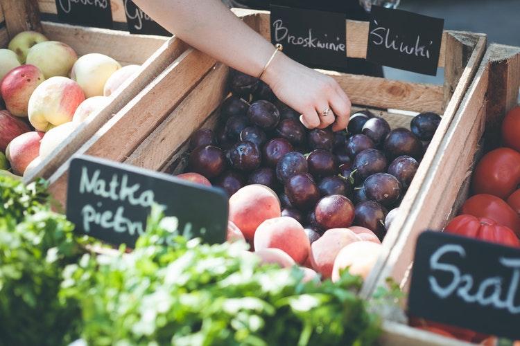 Vegetable market in Warsaw, top 3 vegan cities of the world
