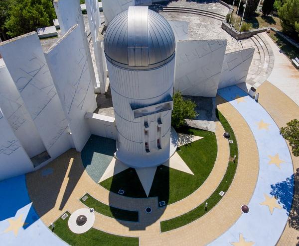 Stargazing in observatory Makarska