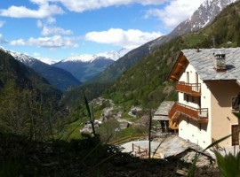 Alpe Rebelle and the valley