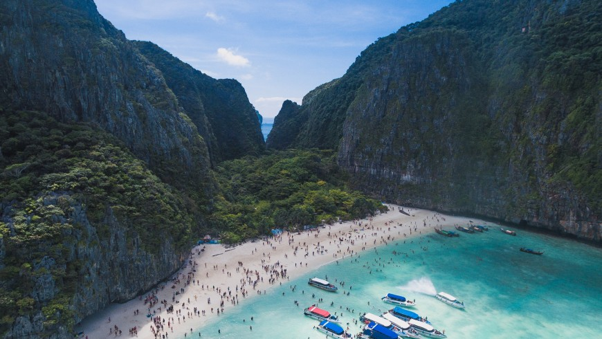 Maya Bay, one of the the islands of Pacific Oceans that are in danger