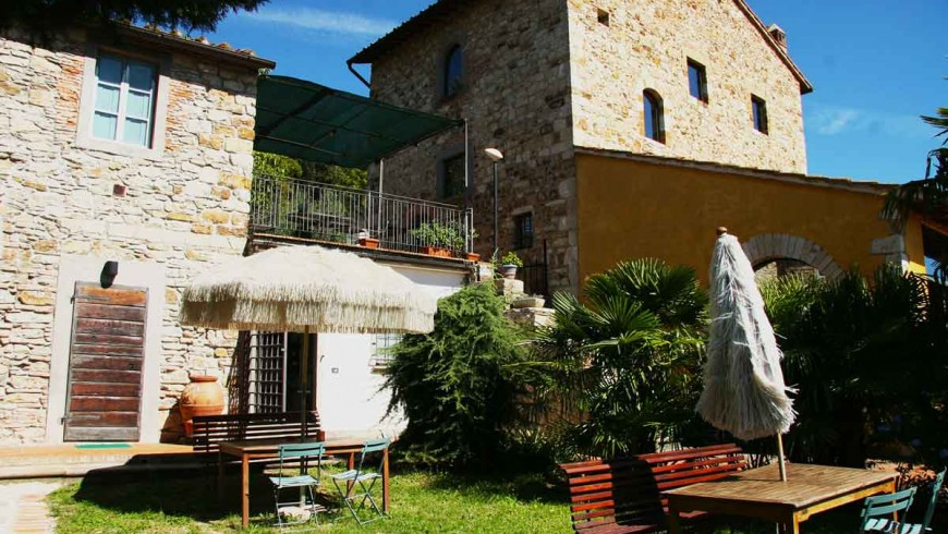 A luxury farmhouse in Tuscany