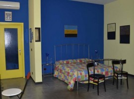 colorful and charming B&B in Gallipoli