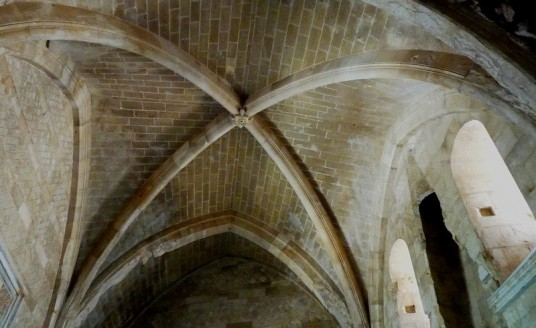 inside of Castel del Monte