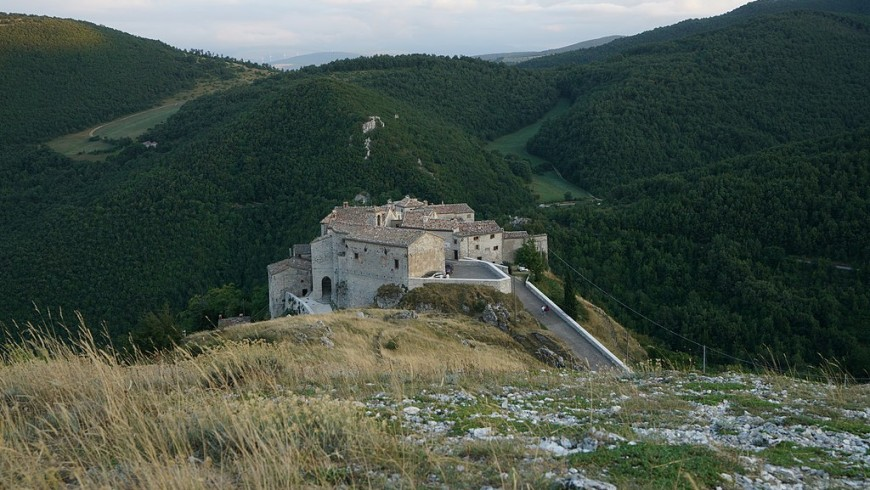Elcito village, in the surroundings of La Coroncina farmhouse