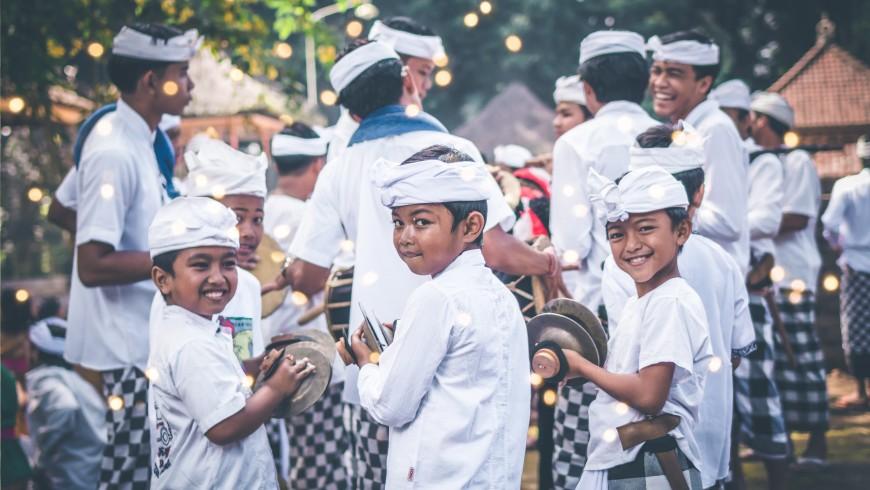 Local kids in Bali.
