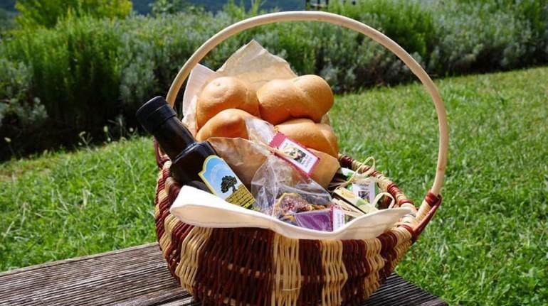 Istrian stone houses Padna - Istrian breakfast box