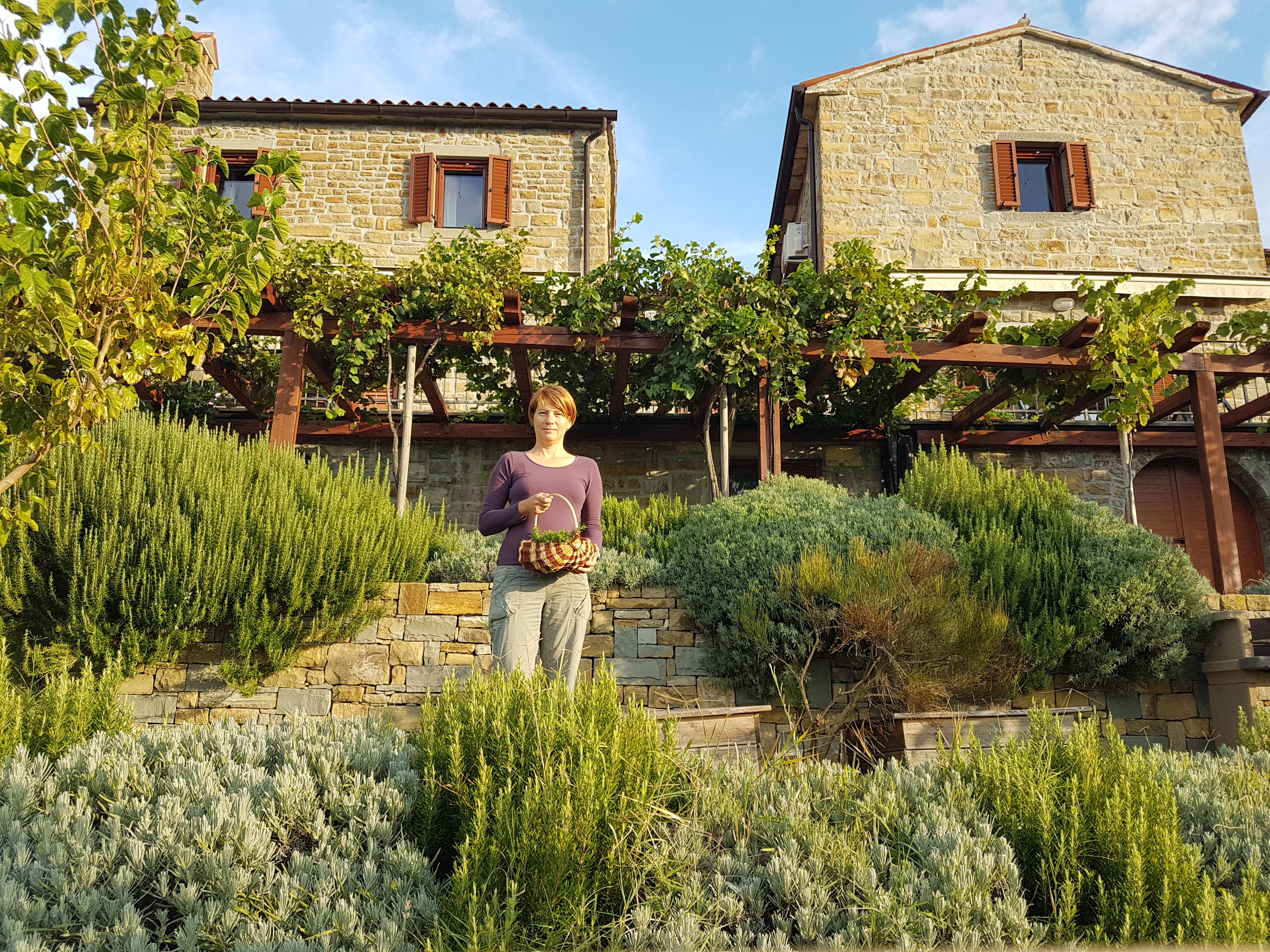 Istrian stone houses padna - Jerneja Vitežnik, top eco-friendly host