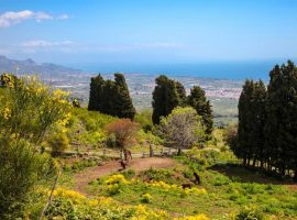 Romantic getaway on the slopes of Etna