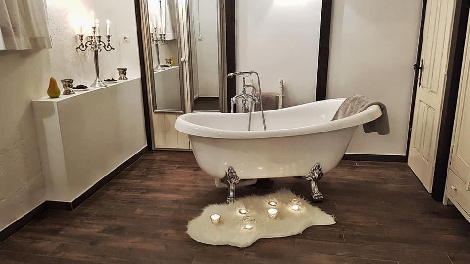 Holiday Home Enchanting Hill - bathroom