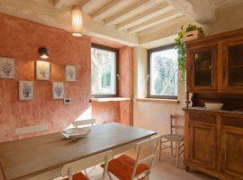 ecolodge in pietrasanta, tuscany