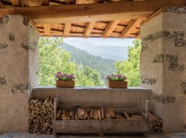 sagna rotonda, an eco-friendly accommodation in Valle Maira, Italian Alps