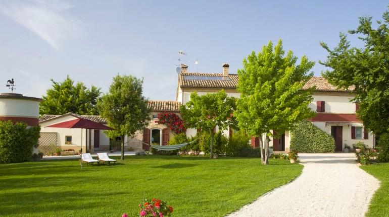 campo di sole farmhouse in Marche