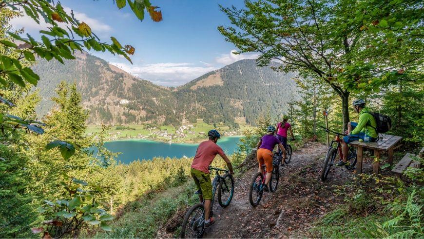 Lake Weissensee, E-Bike itinerary, photo via weissensee.com