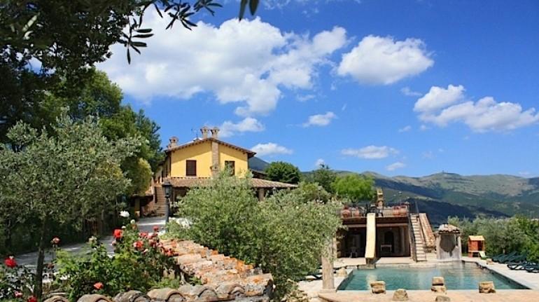 Villa Dama, a terrace on Umbria