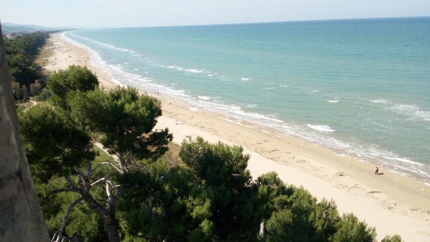 Cycling holidays in Marine Protected Area of ​​Torre del Cerrano