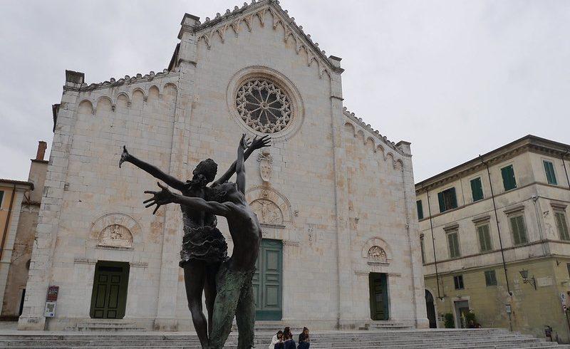 Pietrasanta, Piazza Duomo