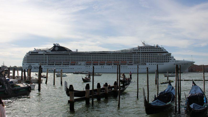 Venice, a victim of overtourism