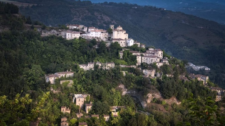 A feudal castle in Pollino National Park