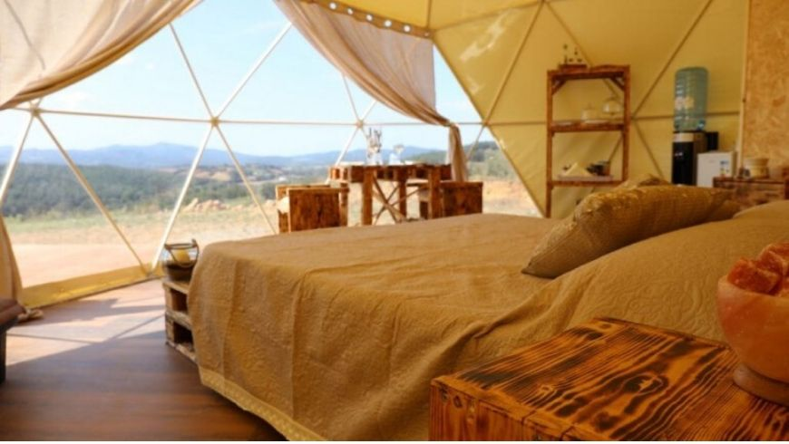green glamping dome italy