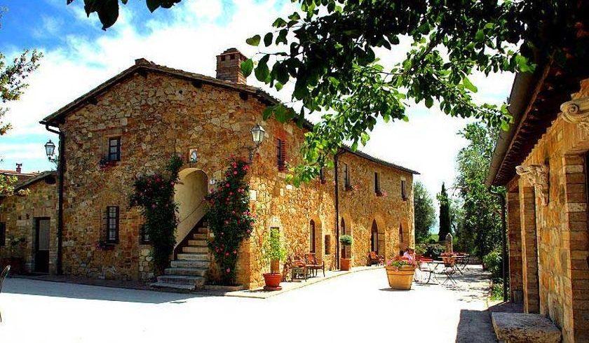 Sarna Residence San Quirico d'Orcia, Siena, Italy