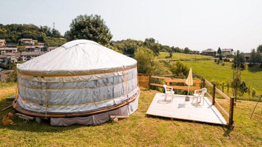green hotel unique experience yurta tent