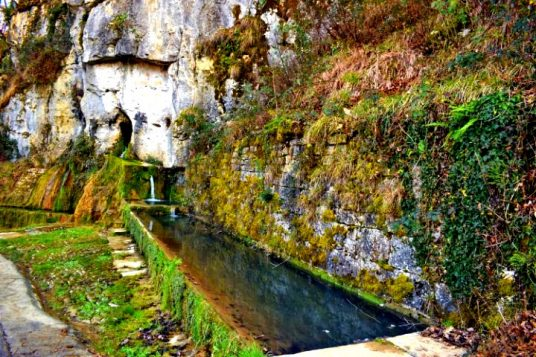 natural water springs in Istria - Waterspring Momjan