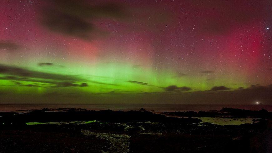 pink northern lights in ireland