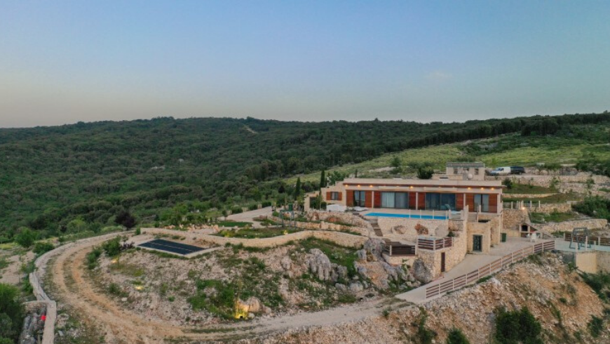 Top 5 eco-friendly and remote holiday homes on Brač island: discorver the Dol Hills estate