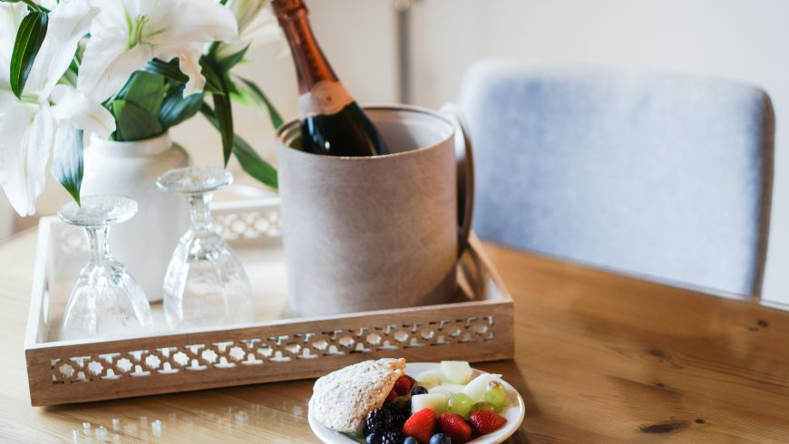 Make your guest happy in your hotel with a unique welcome kit