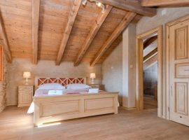 room Luxury Villa Harpocrates